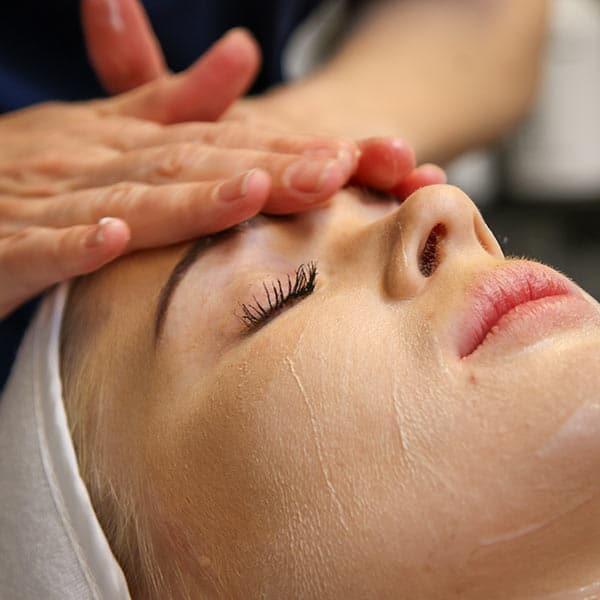 ansigtsbehandling boost